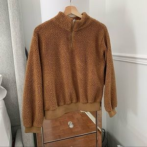 URBAN PLANET | Brown Sherpa pullover size M
